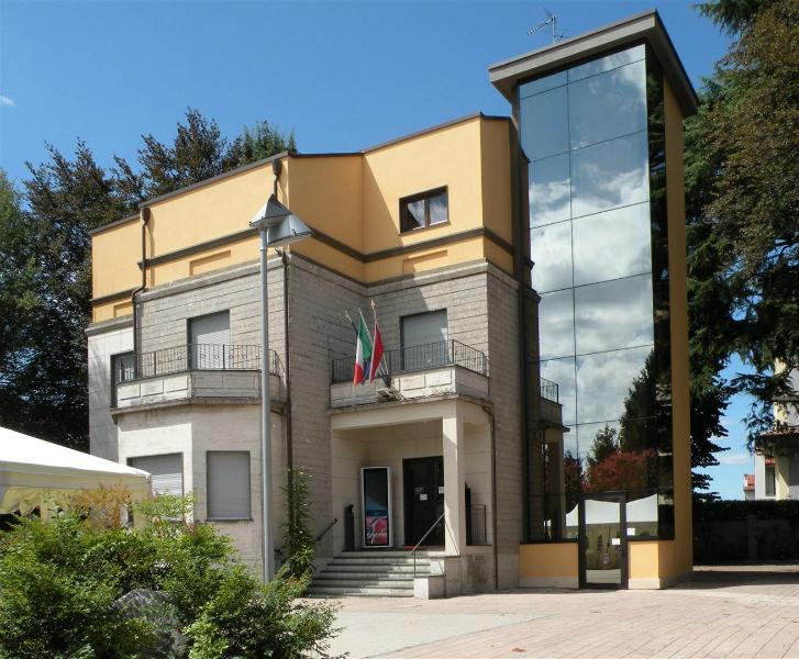 1 villa-monguzzi